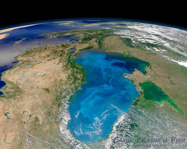 Вид-на-Черное-море-из-космоса