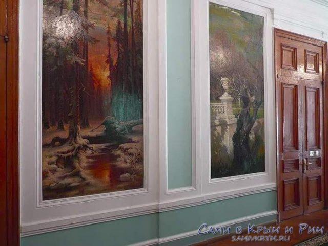 Настенные пано во дворце Кузнецова