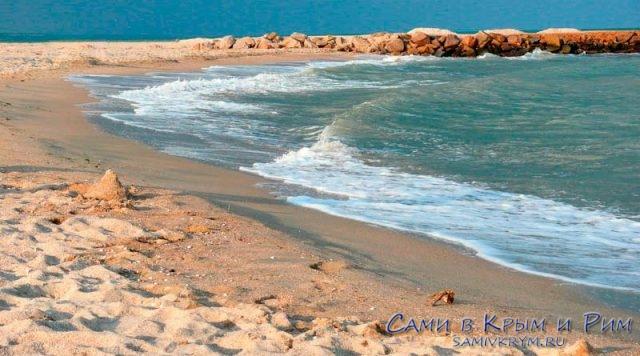 Пляж-Маяк-на-Азовском-море