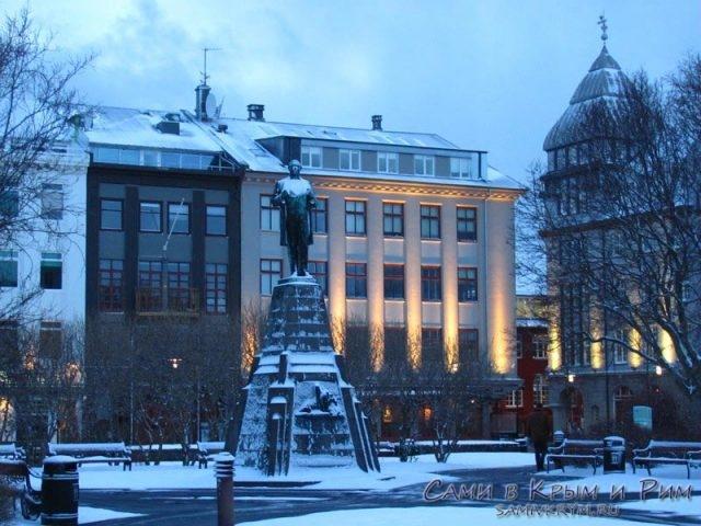 reykjavik-centralnaya-ploshad