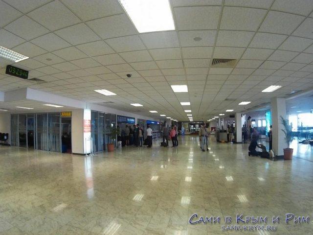 aeroport-kolombo-vnytri