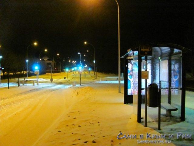 reykjavik-avtobysnaya-ostanovka