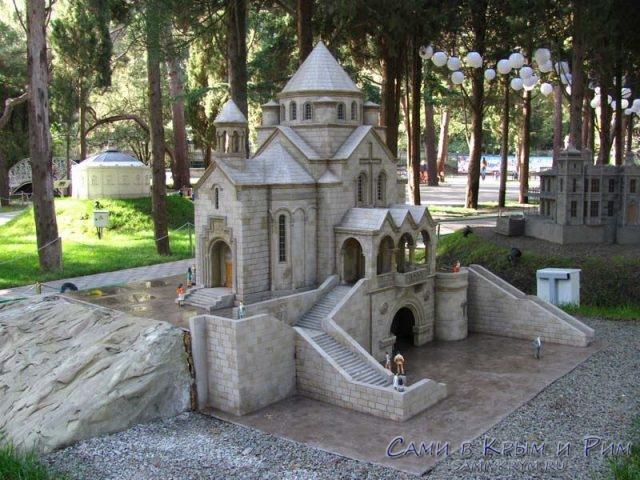 park-miniatur-v-alyshte
