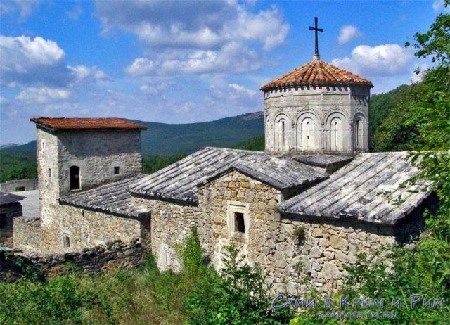 армянский-монастырь