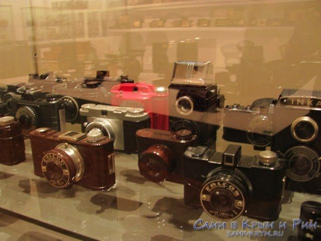 fotoapparati-iz-bakelita