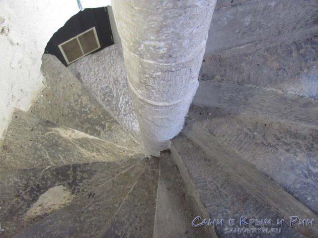 лестница-в-замке