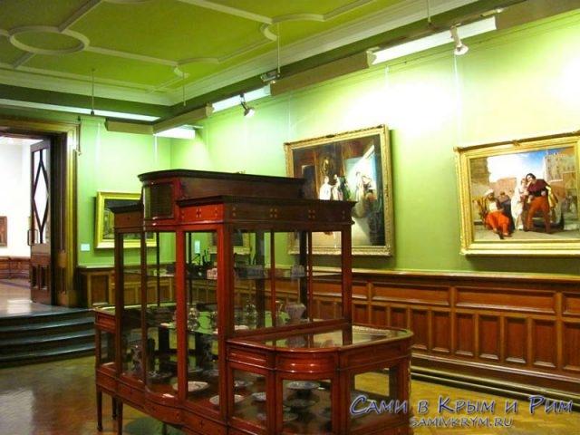 второй-этаж-галереи