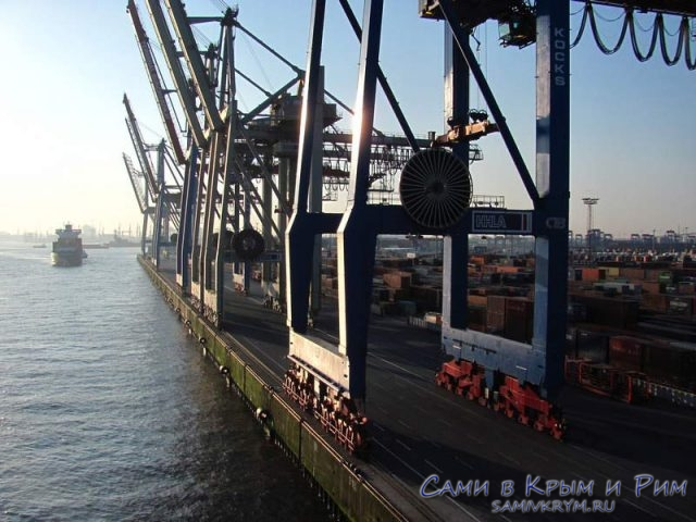 Краны-в-порту