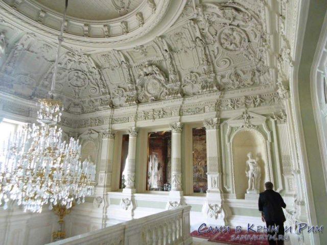 Юсуповский-дворец-пардный-вход