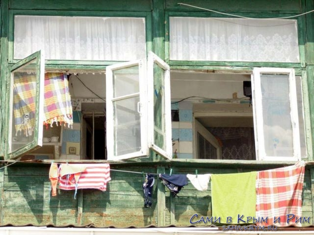 окна-над-массандровским-пляжем