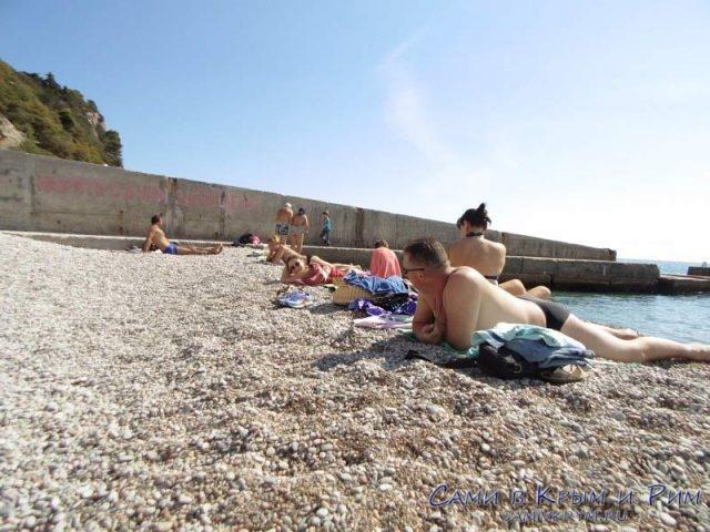Галечные-пляжи-Гаспры