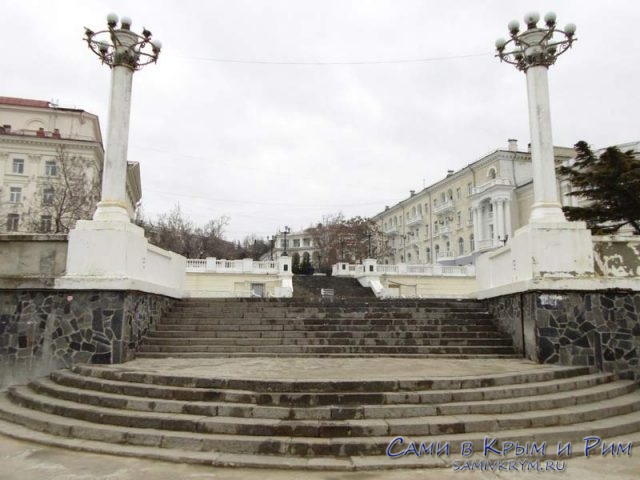 Набережная-Корнилова