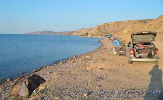 С-палаткой-у-Черного-моря