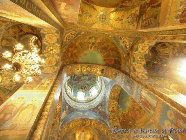 Шикарная-роспись-собора