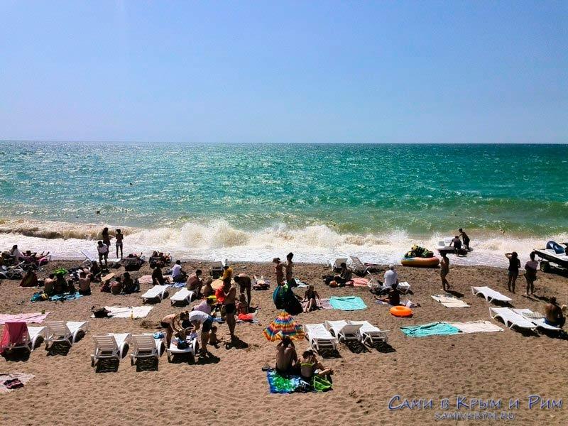 Крым Штормовое - пляж, фото моря, развлечений на пляже | 600x800