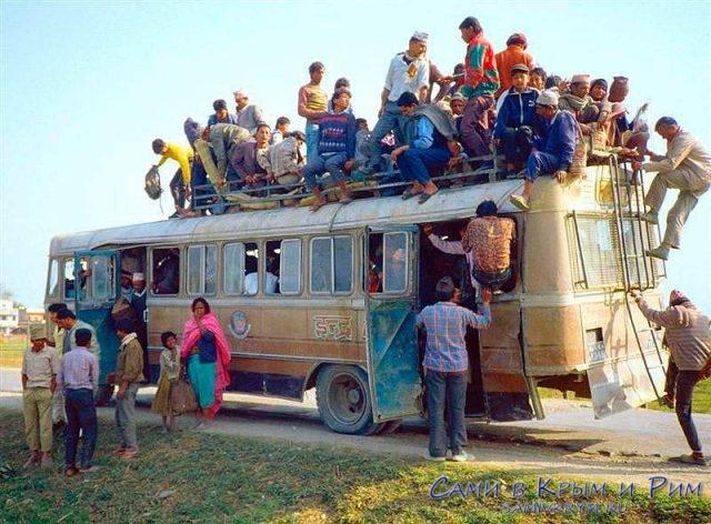 Автобус-в-Непале
