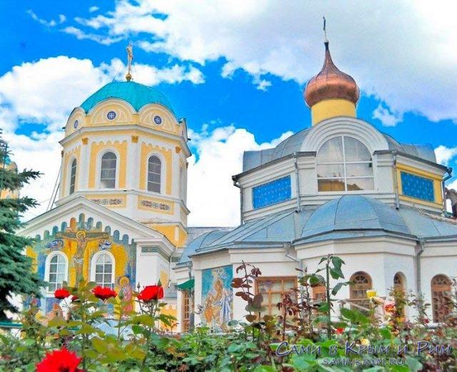 Женский-монастырь-в-Симферополе