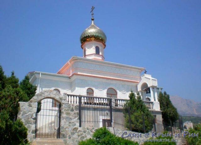 Храм_в_Симеизе