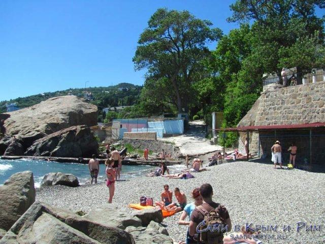 Детский-пляж-Алупка