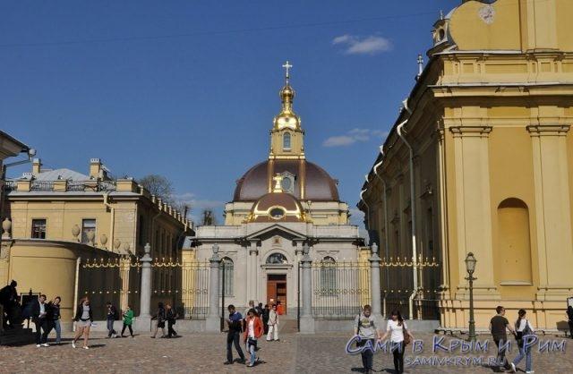 Царская-усыпальница-в-Петропавловской-крепости