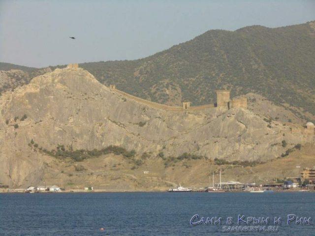 Генуэзская-крепость-с-моря