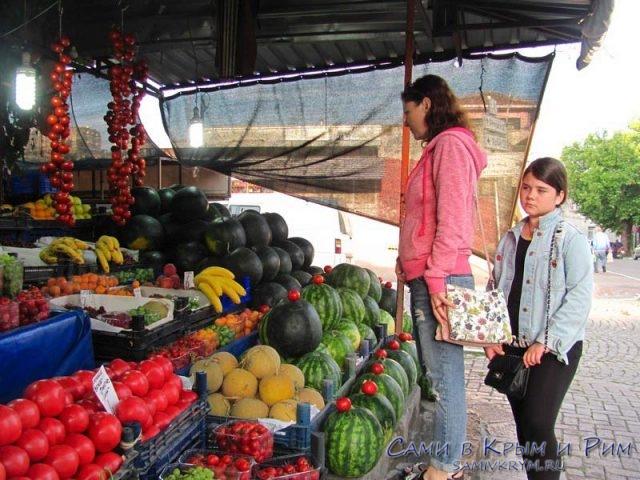 Свежие-фрукты-и-овощи-в-Турции