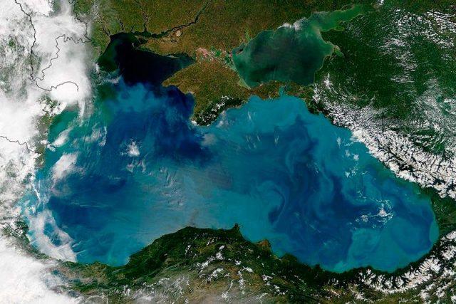 Цвет-Черного-моря-2017