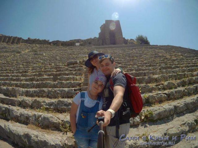 У-амфитеатра-в-Пергамоне