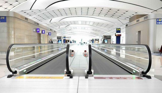 Эскалаторы-в-аэропорту