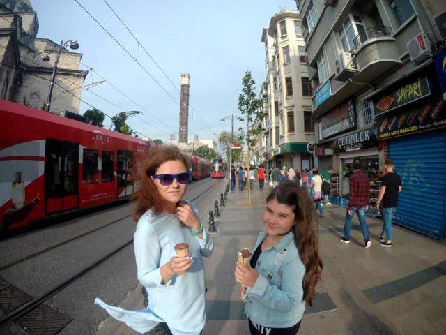 Идем-вдоль-трамвайных-путей