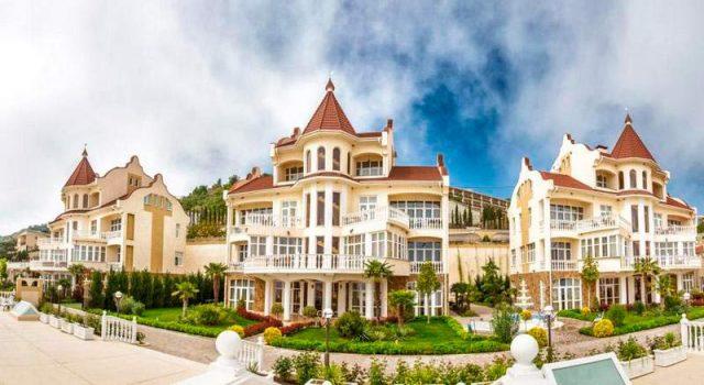 Отель-Ирея-Семидворье