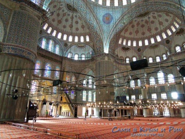 В-Голубой-мечети