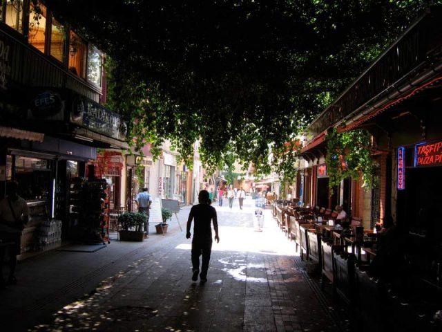 В-Стамбуле