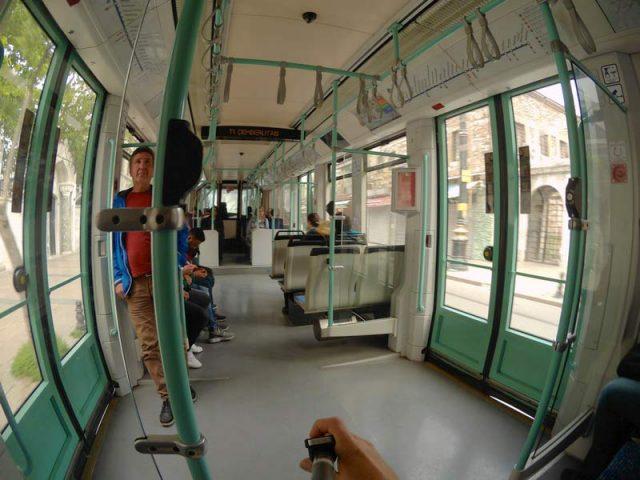 Внутри-трамвая