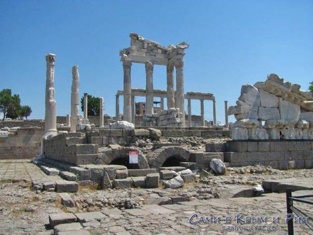 Храм-Трояна