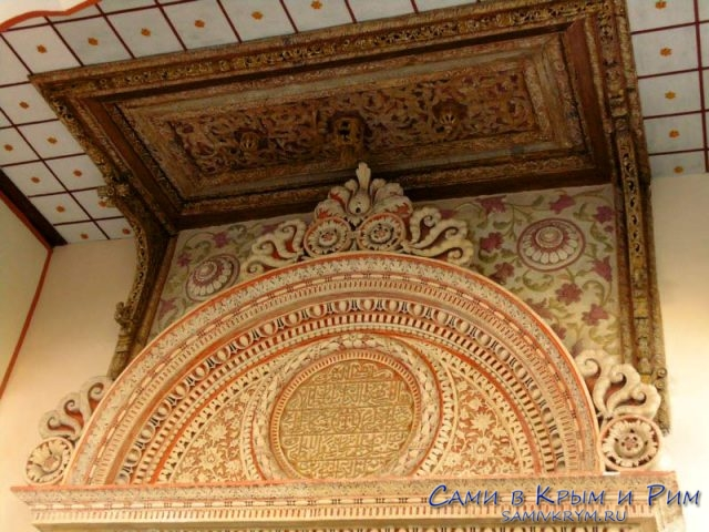 Красивый орнамент итальянского мастера