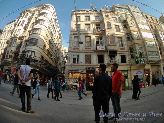 Магазины на улице Истикляль