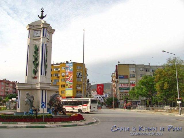 Площадь в Гемлике