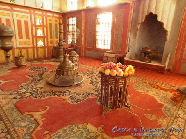 Внутренние помещения в Ханском дворце