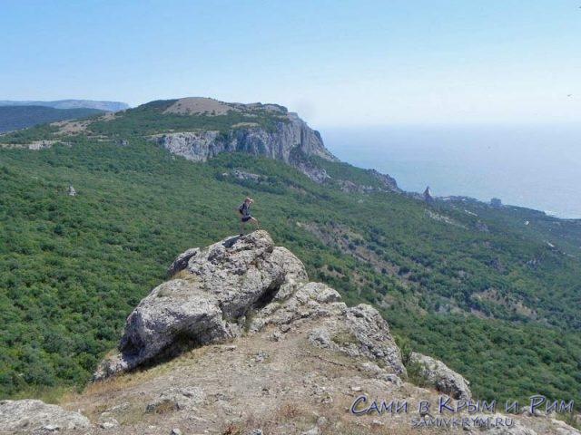 Вид на Внешнюю гряду Крымских гор