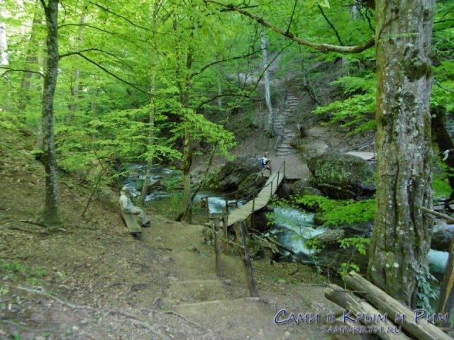 Тропа к водопаду в селе Генеральское