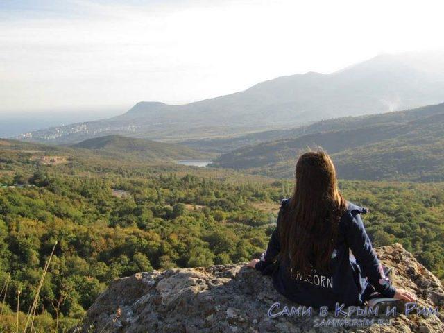 Виды с южных склонов Демерджи