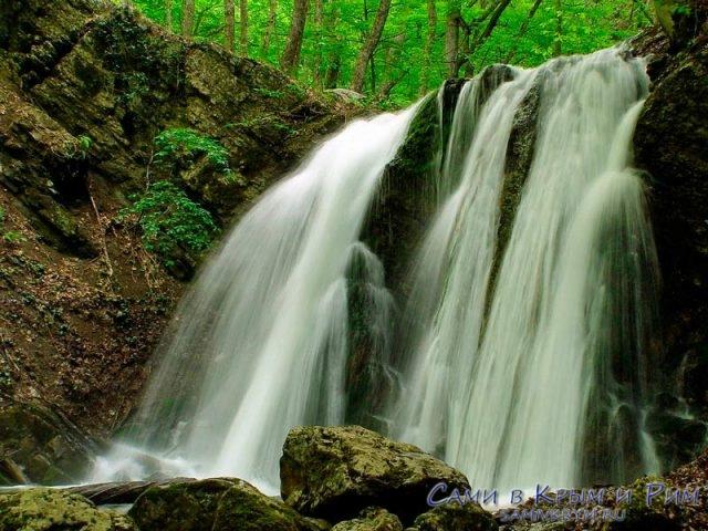 Водопад-Головкинского