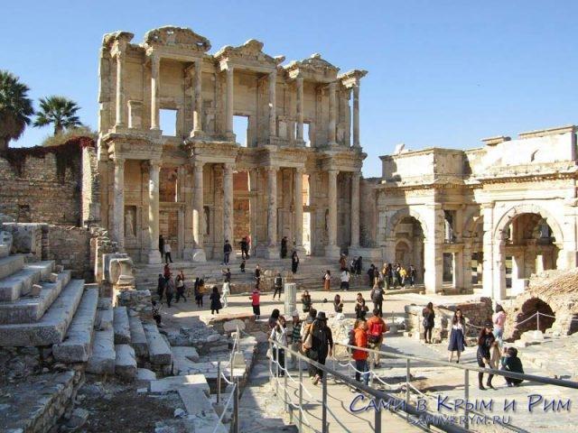 Библиотека Цельсиуса в Эфесе