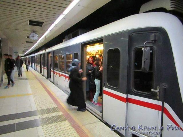 Современное метро Измира