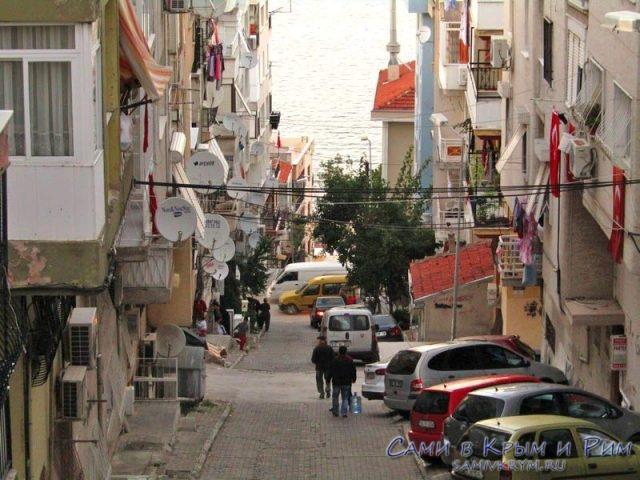Турецкий квартал по пути к лифту