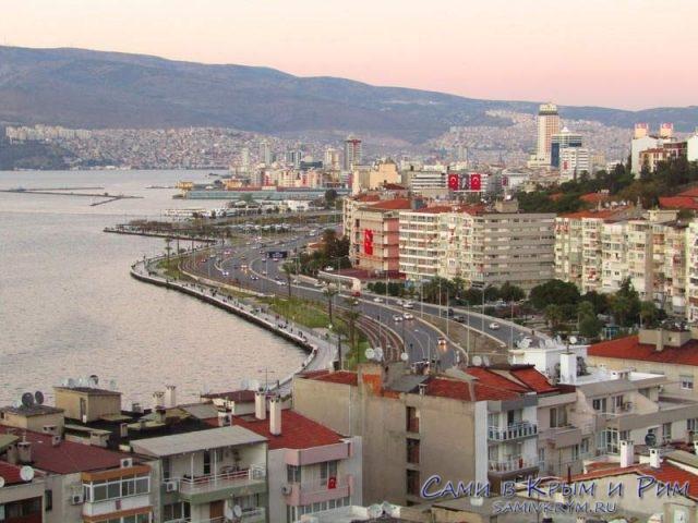 Вид на центр Измира со смотровой площадки