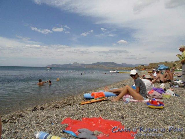 Галечный-пляж-Меганома