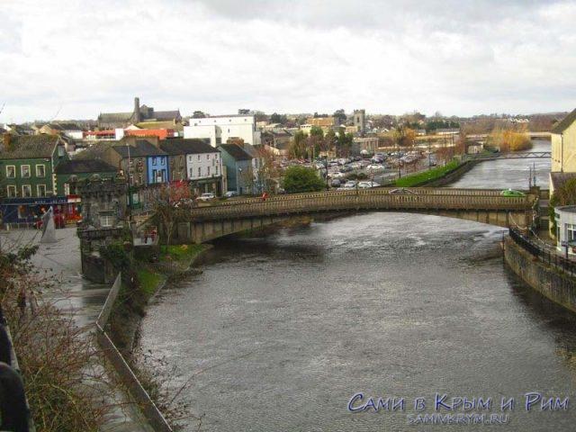 Река Нор у подножия замка