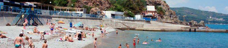 Центральный пляж Партенита